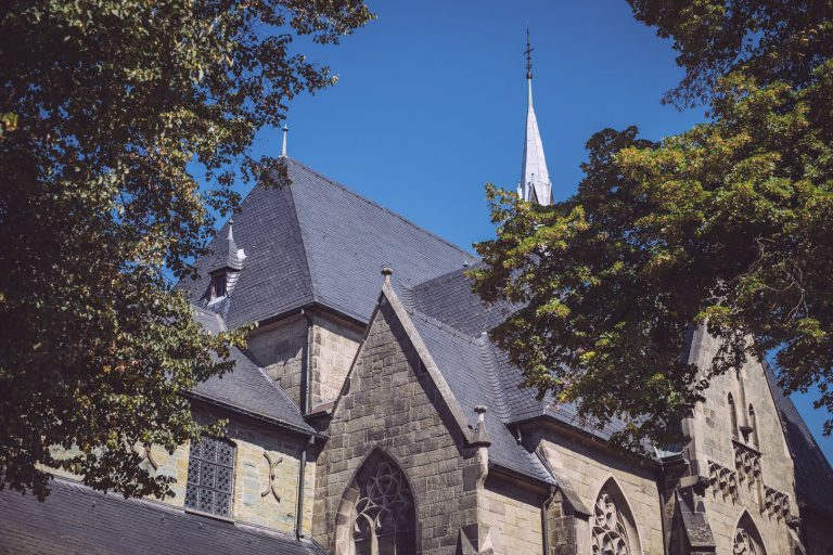 Kirche in Bremen (Ense, Nordrhein-Westfalen)