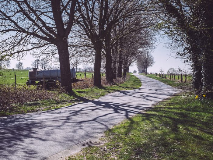 Landstraße in Köhlen (Geestland, Niedersachsen)