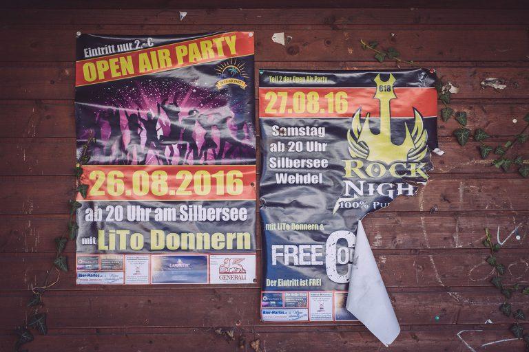 Plakate in Köhlen (Geestland, Niedersachsen)