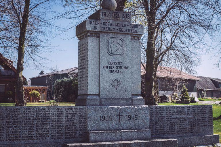Gedenkstein in Köhlen (Geestland, Niedersachsen)