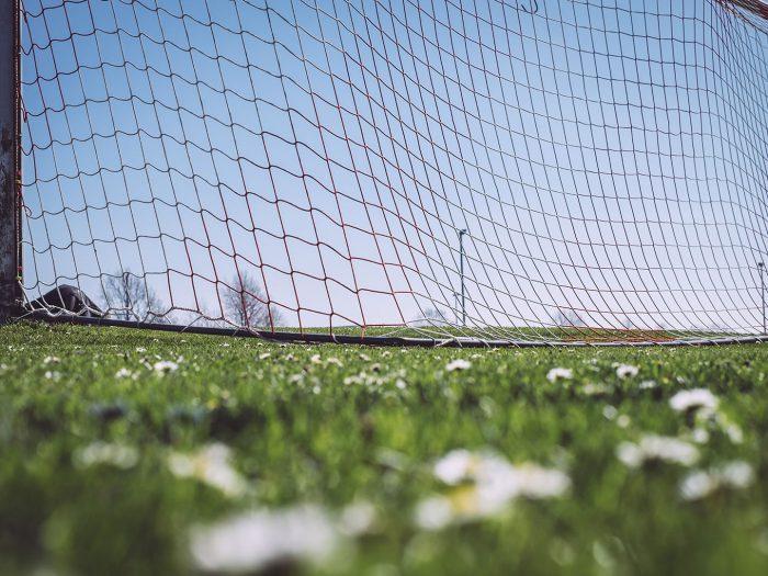 Fußballfeld in Köhlen (Geestland, Niedersachsen)