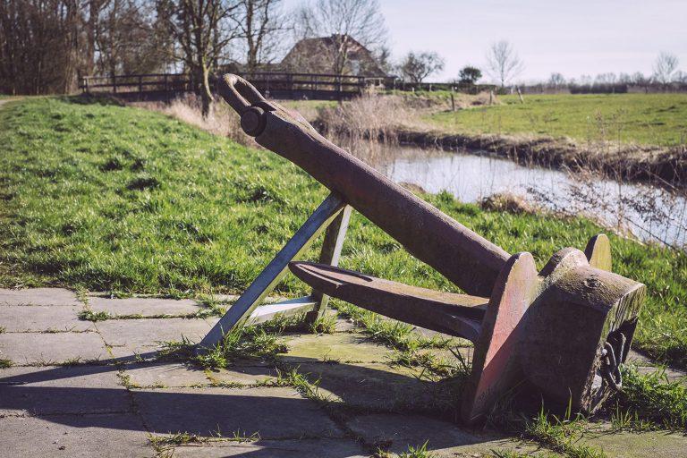 Anker in Neustadtgödens (Sande, Niedersachsen)