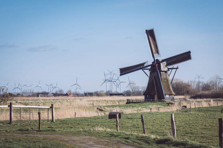 Wasser- und Windmühle in Neustadtgödens (Sande, Niedersachsen)