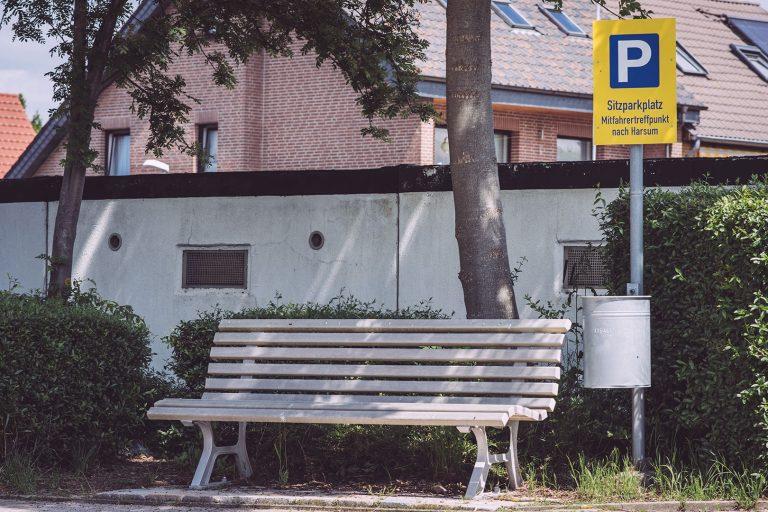 Sitzparkplatz in Asel (Harsum, Niedersachsen)
