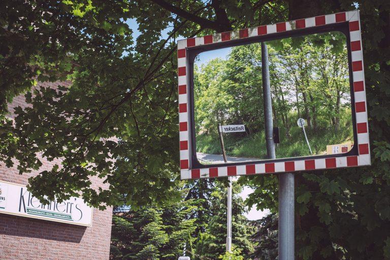 Verkehrsspiegel in Asel (Harsum, Niedersachsen)