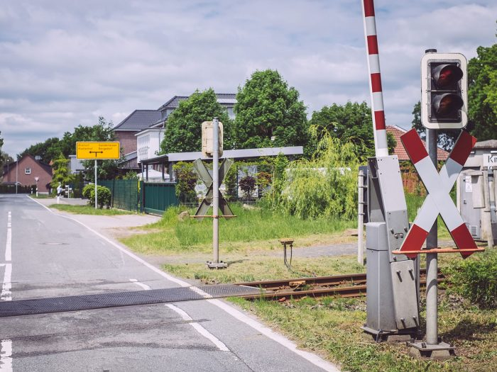 Bahnübergang in Immer (Ganderkesee, Niedersachsen)