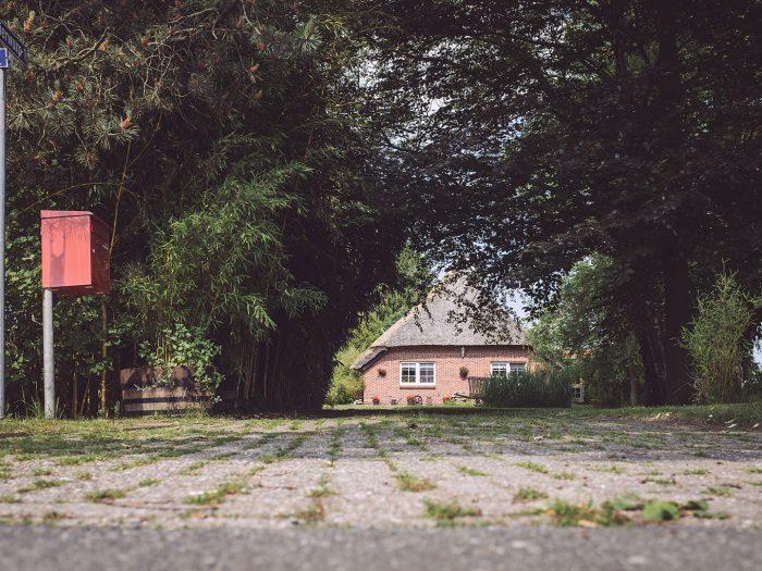 Hauseinfahrt in Harrierwurp (Brake, Niedersachsen)