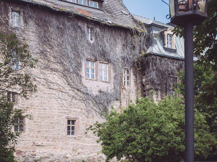 Schlossweg in Burgscheidungen (Burgenlandkreis, Sachsen-Anhalt)