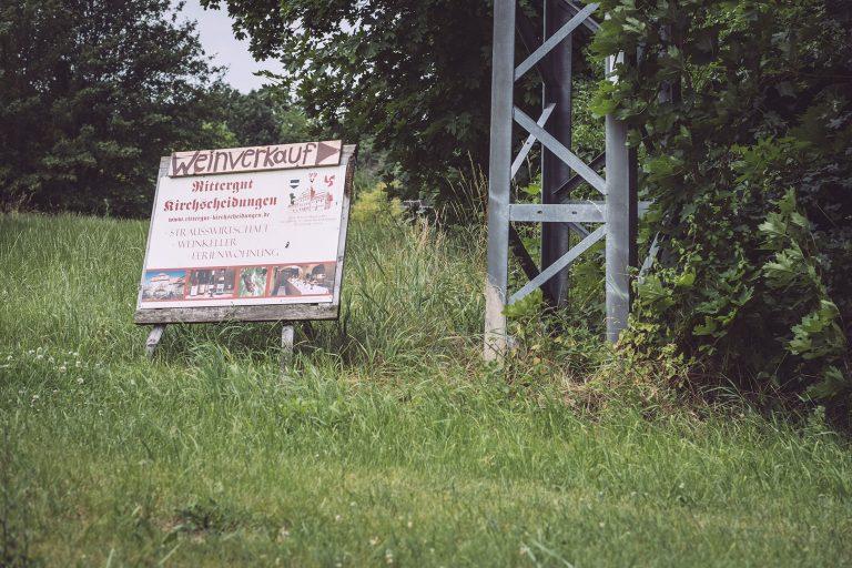 Weinverkauf Schild in Kirchscheidungen (Burgenlandkreis, Sachsen-Anhalt)