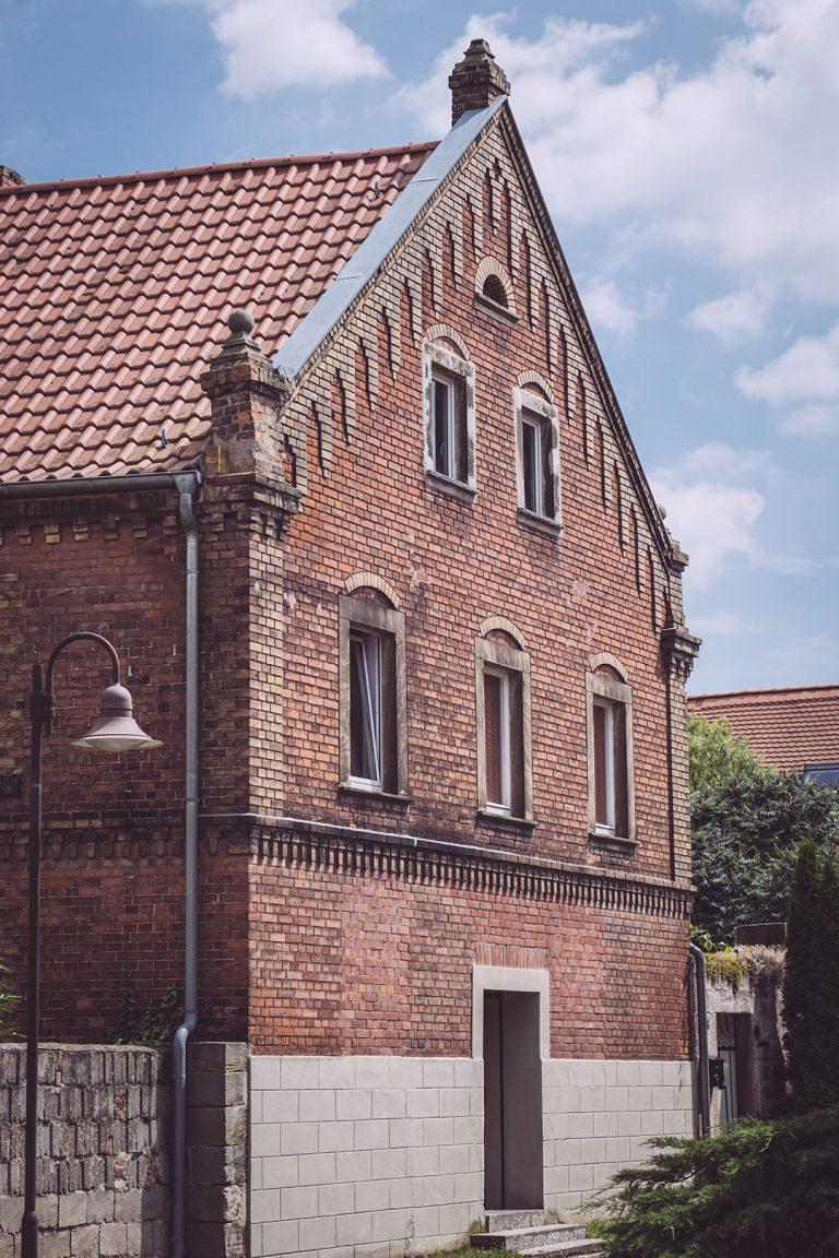 Backsteinhaus in Kirchscheidungen (Burgenlandkreis, Sachsen-Anhalt)