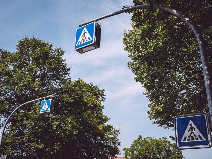 Fußgängerüberweg in Holzhausen (Immenhausen, Hessen)