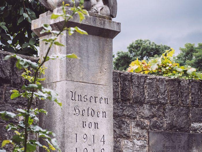 Denkmal in Mainsondheim (Dettelbach, Bayern)