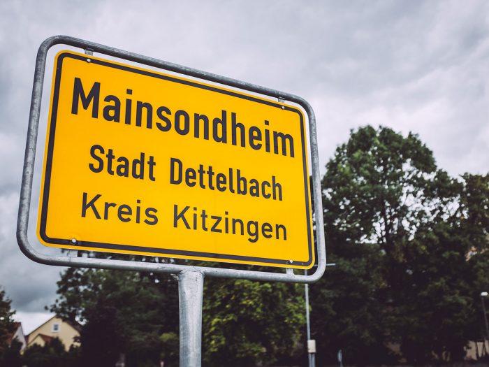 Ortsschild Mainsondheim (Dettelbach, Bayern)