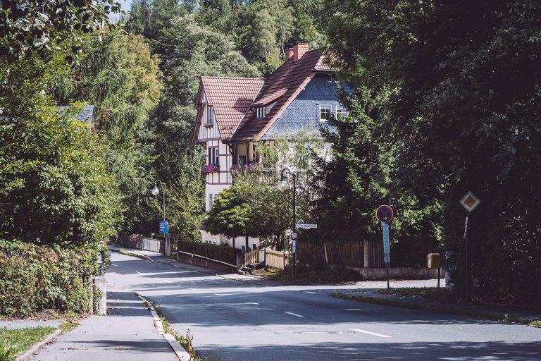 Hauptstraße in Hölle (Naila, Bayern)