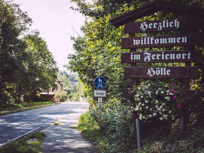 Willkommen Schild in Hölle (Naila, Bayern)