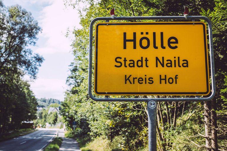 Ortsschild in Hölle (Naila, Bayern)