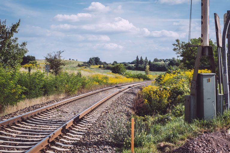 Bahnübergang in Teicha (Petersberg, Sachsen-Anhalt)