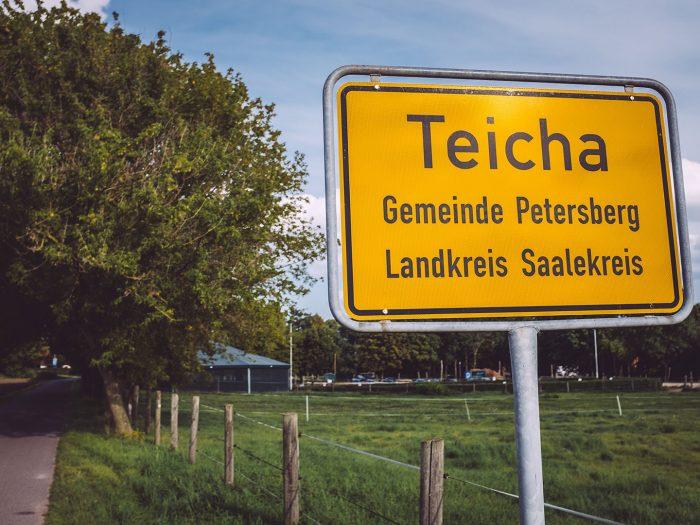 Ortsschild Teicha (Petersberg, Sachsen-Anhalt)