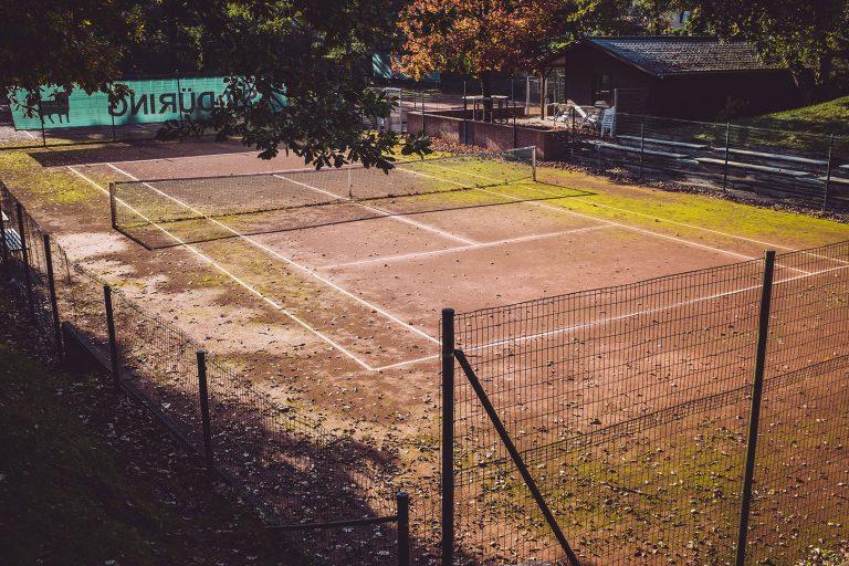 Tennisplatz in Düring (Loxstedt, Cuxhaven, Niedersachsen)
