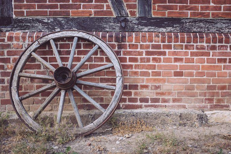 Wagenrad in Drüber (Northeim, Niedersachsen)