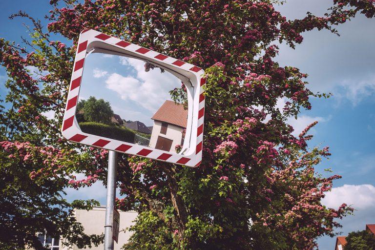Straßenspiegel in Drüber (Northeim, Niedersachsen)