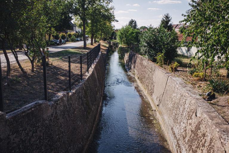 Kanal in Werningshausen (Sömmerda, Thüringen)