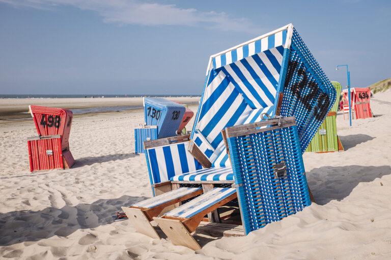 Strandkorb auf Langeoog (Wittmund, Niedersachsen)